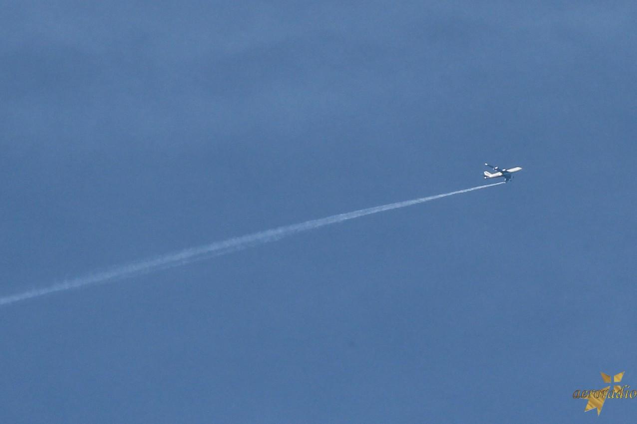 Largage carburant avant atterrissage d'urgence Afr43810