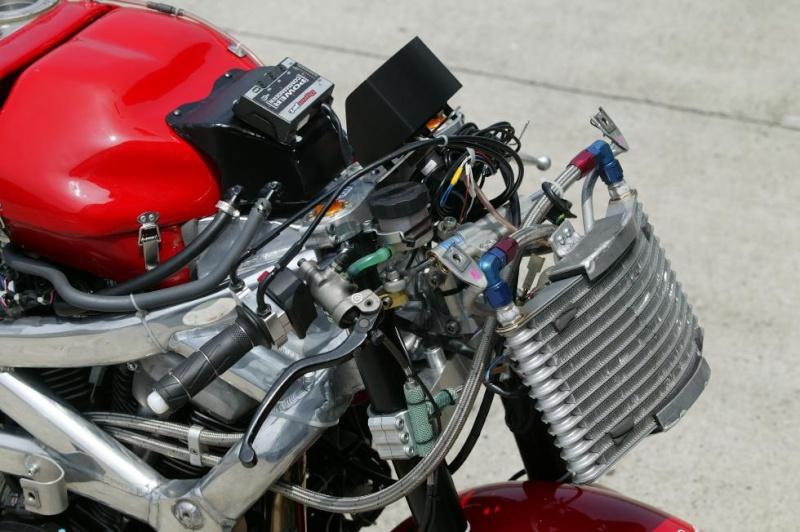 Big Twin Racer par Over Racing  Ov23xv14