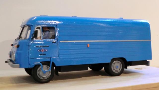 1:43 LO 3000 Kastenwagen Lo_30016