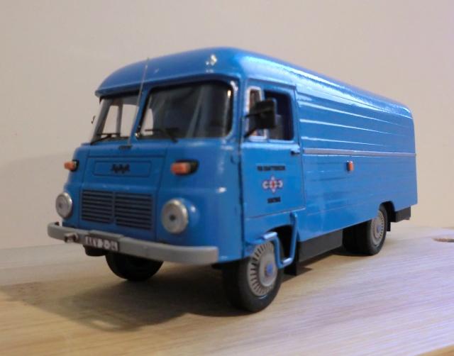 1:43 LO 3000 Kastenwagen Lo_30018