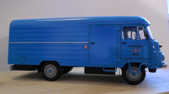 1:43 LO 3000 Kastenwagen Lo_30019