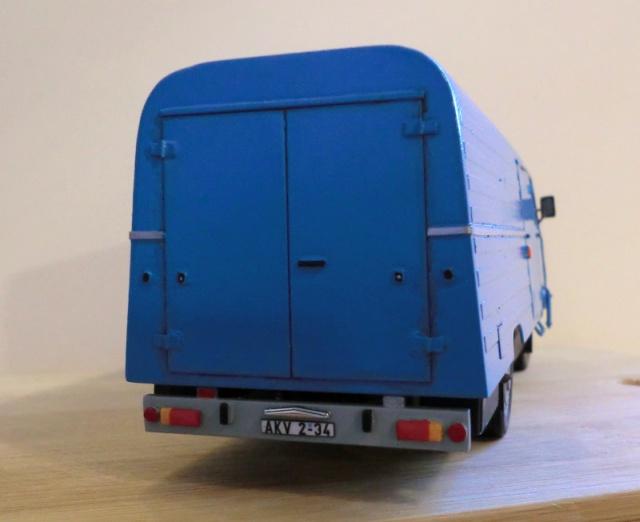 1:43 LO 3000 Kastenwagen Lo_30020