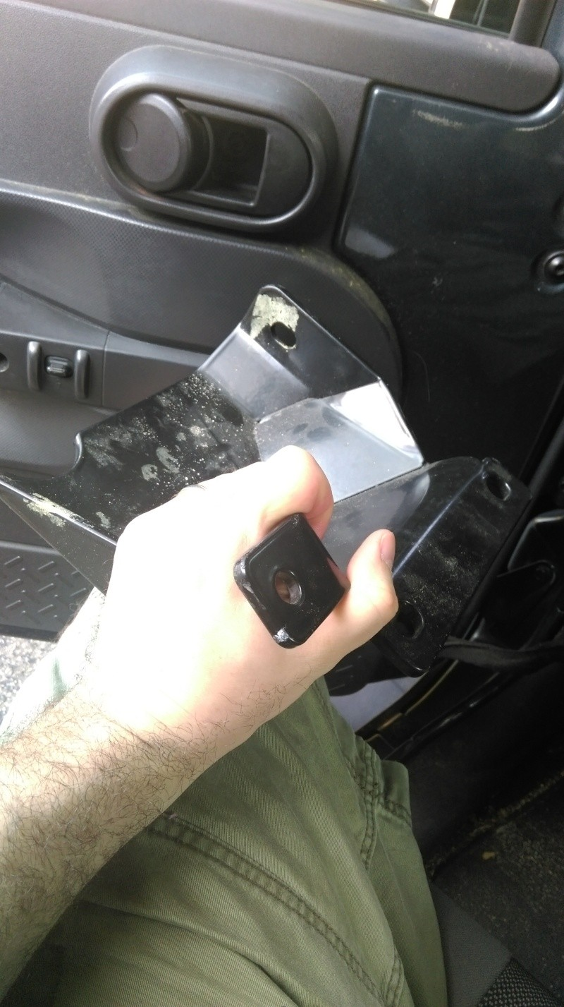 TJ Steering Box Skid Plate Imag0511