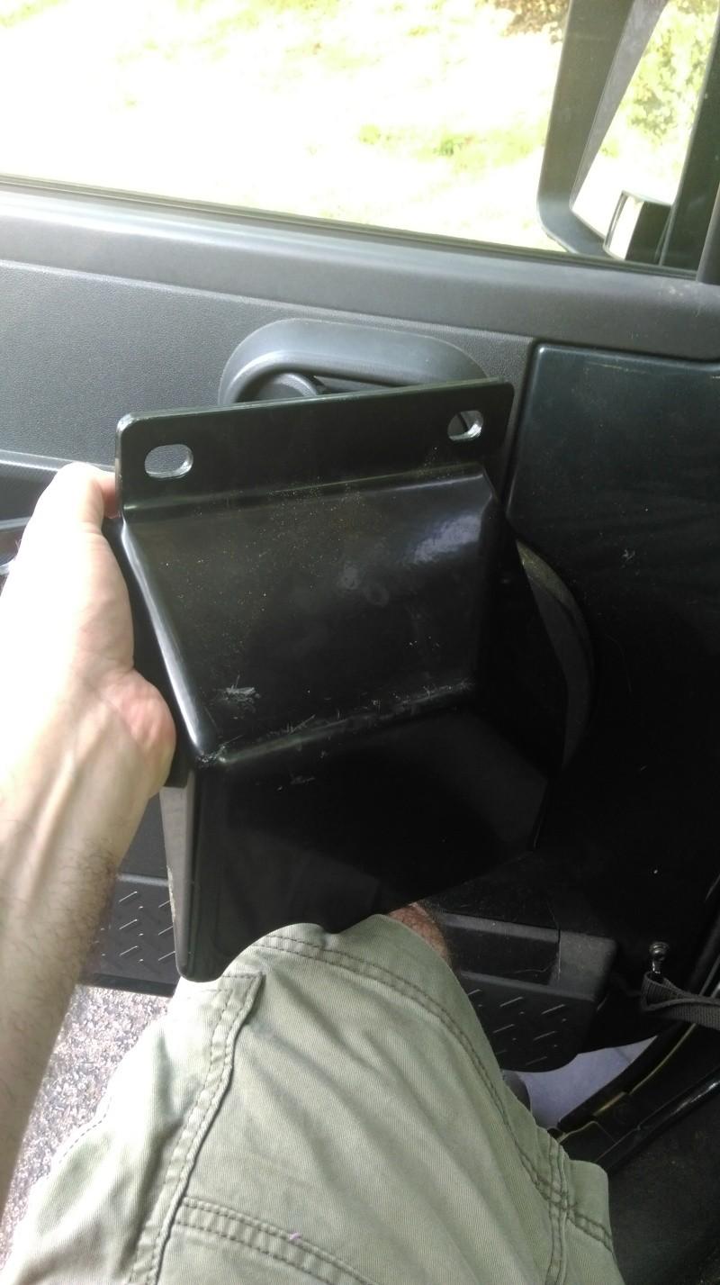 TJ Steering Box Skid Plate Imag0512