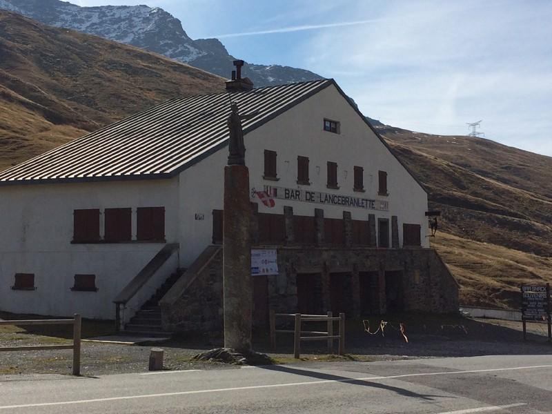 Une idée peu banale faire le tour du Mont Blanc 210