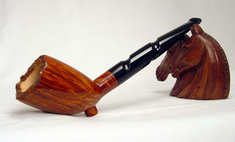 Number 16 Cutty with a twist Pipe_113