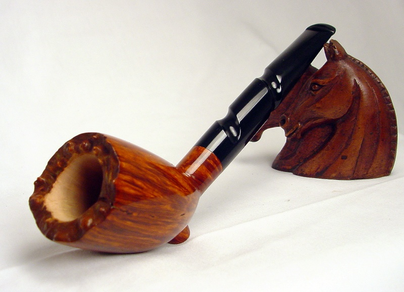 Number 16 Cutty with a twist Pipe_114