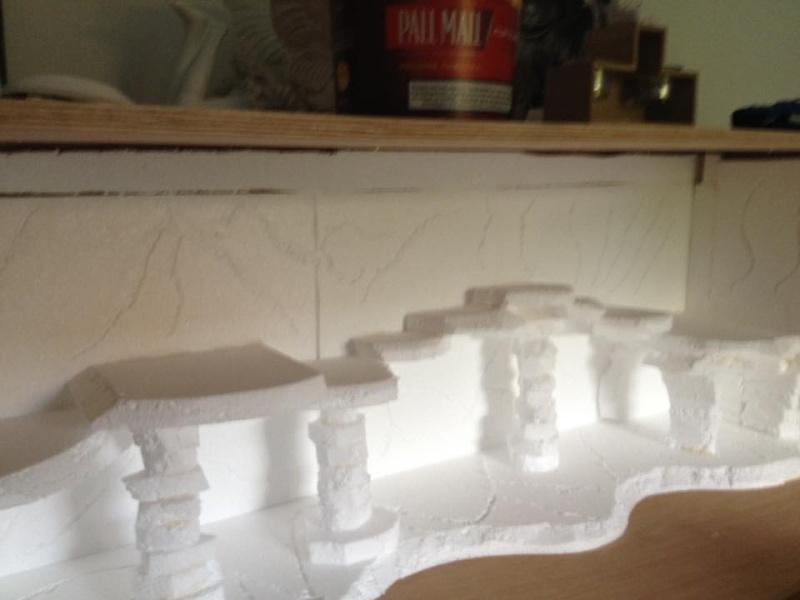 Le nouveau terrarium que mon pote est occupé a construire pour ses petiots 11959910