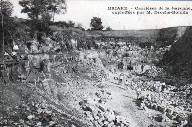 """Loiret - Plomb de scelle """"Chaux hydraulique de Beffes"""". Carrie10"""