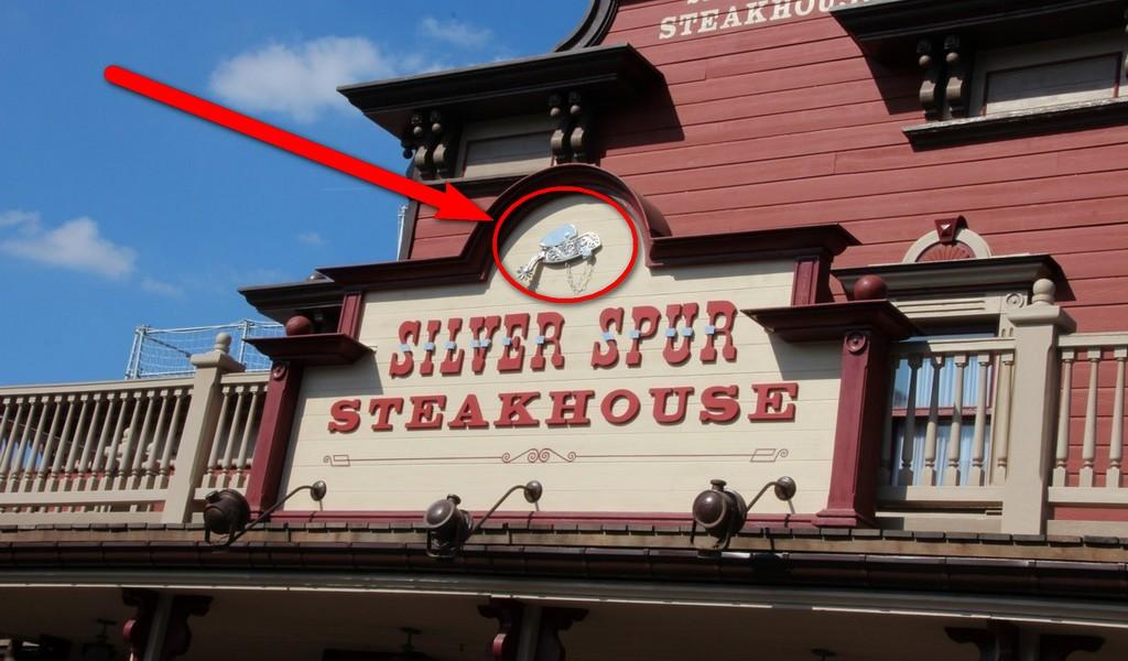 Curiosità e piccoli segreti al Disneyland park - Pagina 3 Img43711