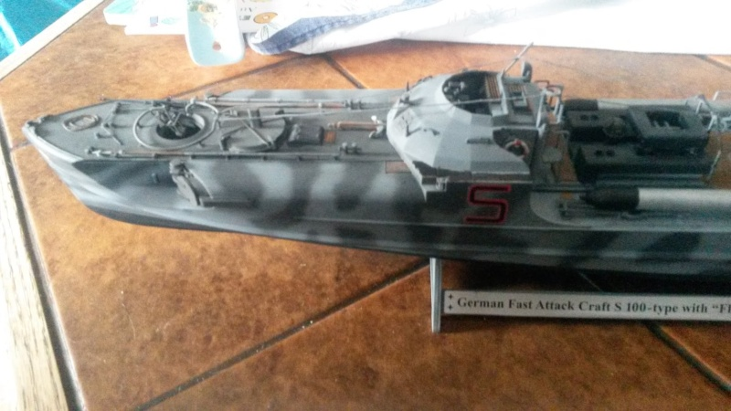 Le Schnellboot S-100 Revell au 1/72 Camouflé 20150811