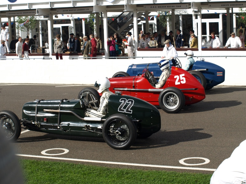 Goodwood Revival 2015 - Page 2 P9125012