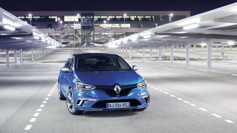 [Renault] MEG4 GT Renaul15
