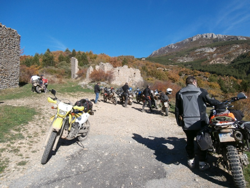 weekend Verdon 7-8 nov. 2015, hommage a Bruno - Page 15 Pb080011