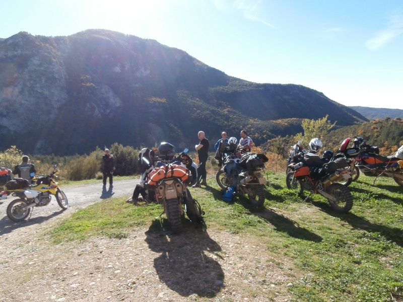 weekend Verdon 7-8 nov. 2015, hommage a Bruno - Page 15 Pb080015