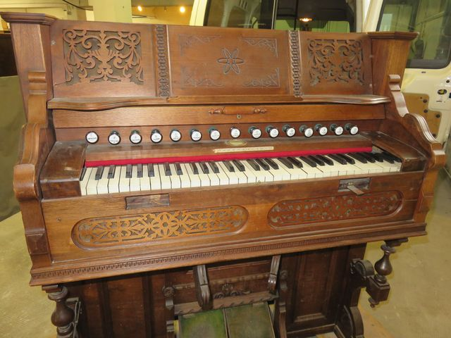 Reed organ Rodolphe Fils & Debain ??? Img_0616