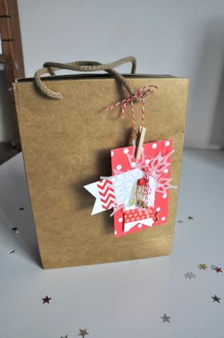 """3 décembre: tag """"cadeau d'assiette/étiquette cadeau/marque place""""  Tag_yt10"""