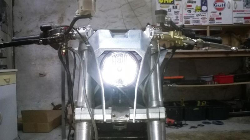 800 VN - Custom racer de Baz - Page 12 Wp_20397