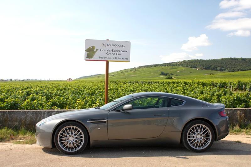Que des Jaguar - Page 2 Aston_10