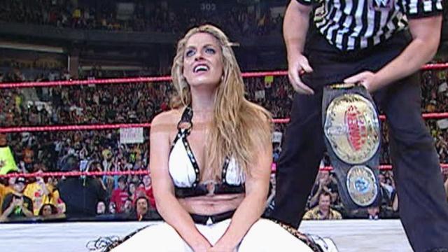 [Divers] Les 10 plus grands matchs de Divas selon WWE.com 20060910