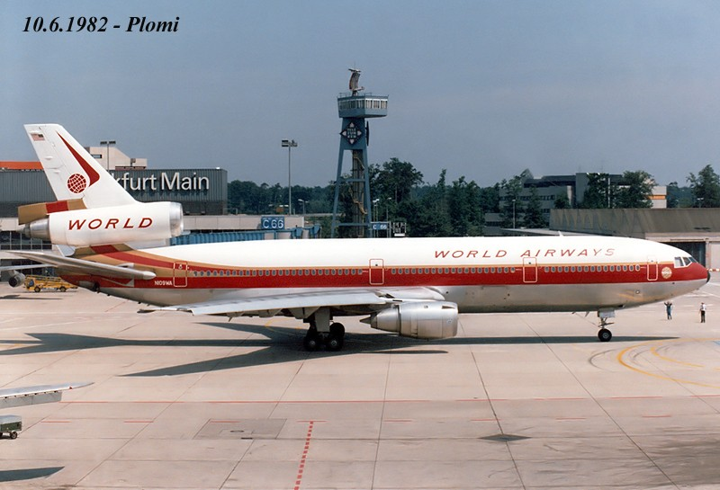 DC-10 in FRA - Page 4 19820611