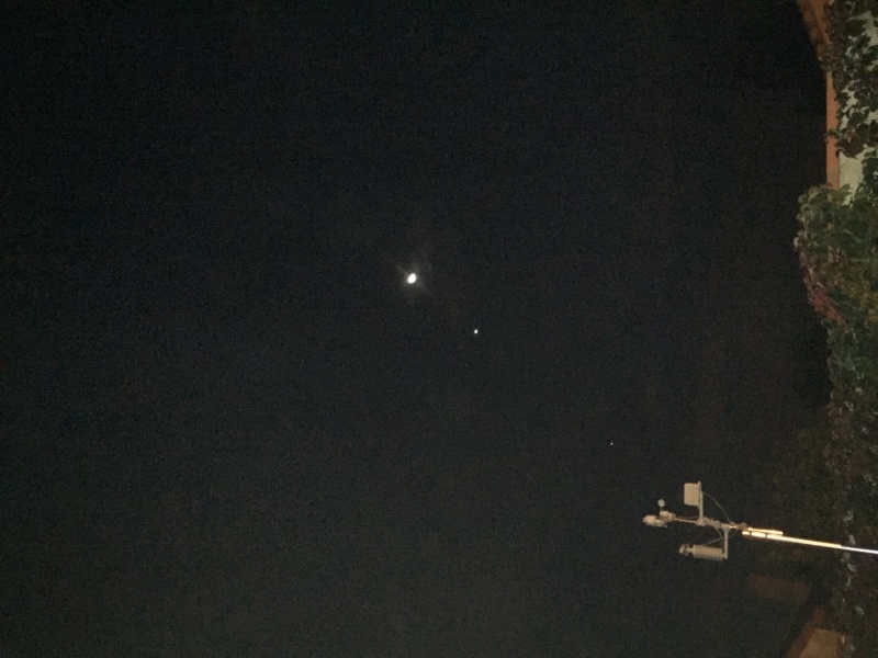 Lune et Venus au petit matin du 10/12/2012 Img_2310