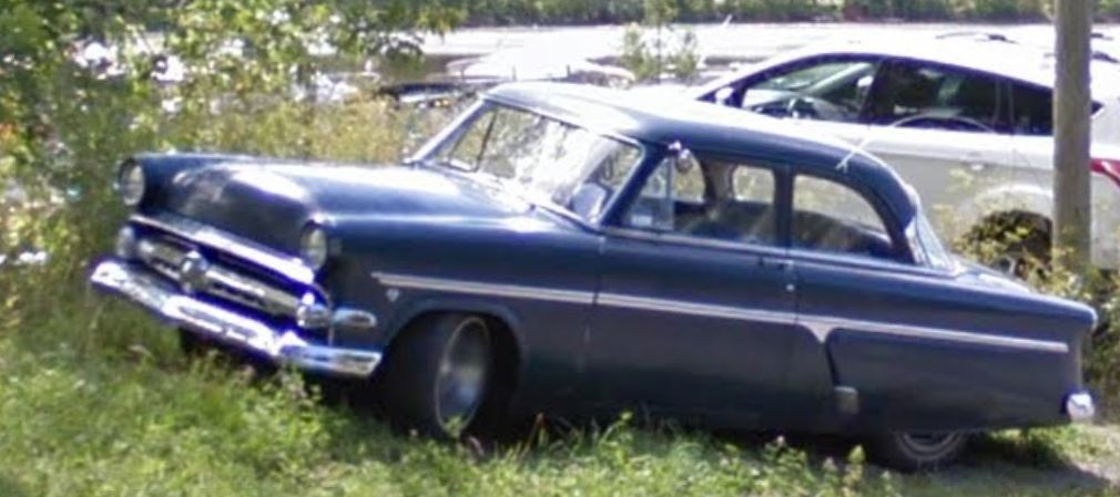 STREET VIEW : les voitures anciennes Voitur10