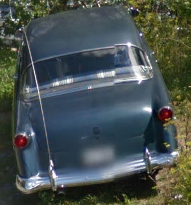 STREET VIEW : les voitures anciennes Voitur13