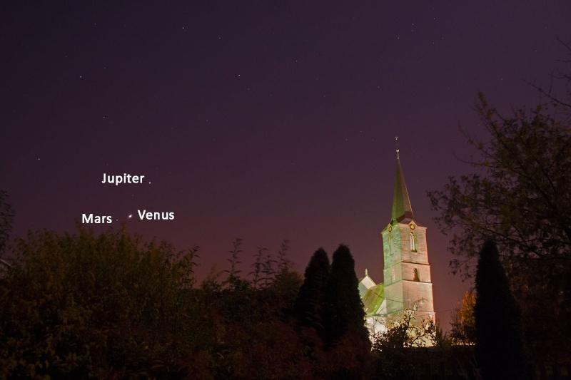 Rapprochement  Venus, Mars et Jupiter. 15311010
