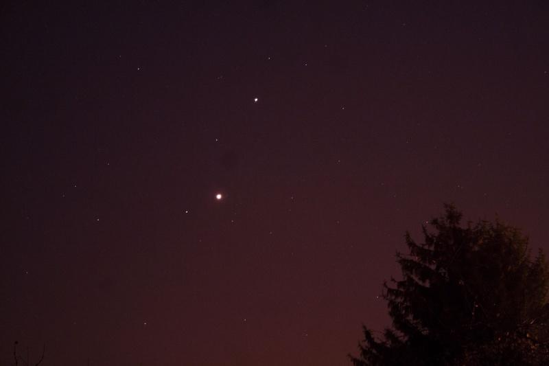 Rapprochement  Venus, Mars et Jupiter. 15311011