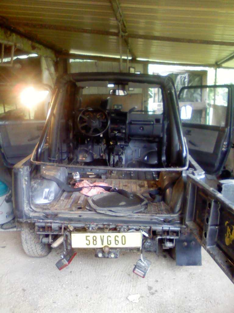 mécanique corsica garage  - Page 11 Deshab10