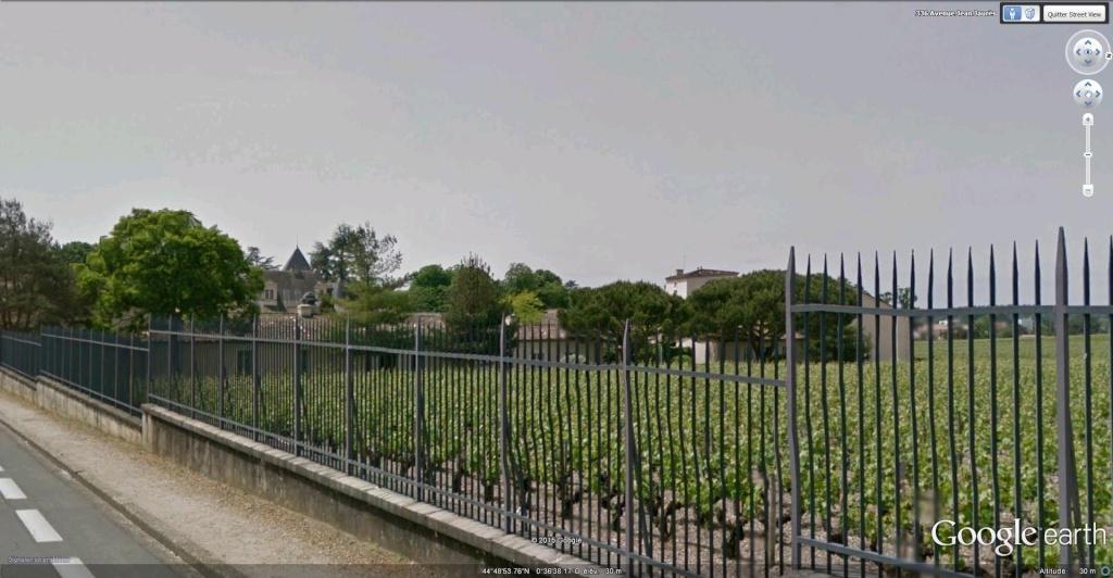 Château Haut Brion à Pessac, en France !! !! Chytea11
