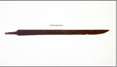 un randonneur trouve une épée vieille de 1.200 ans en Norvege  84fcf210