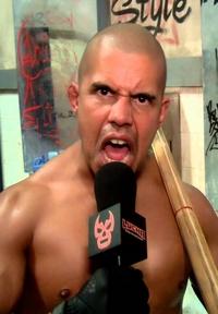 [Concours de popularité] Votre lutteur/se préféré(e) à la Lucha Underground ! - Page 3 Cortez11