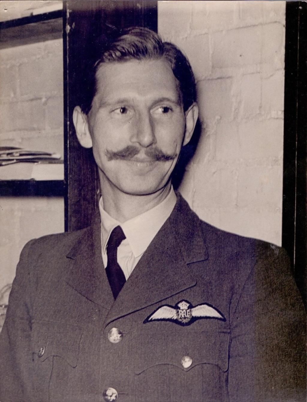 RAF & USAAF Haircuts _5710