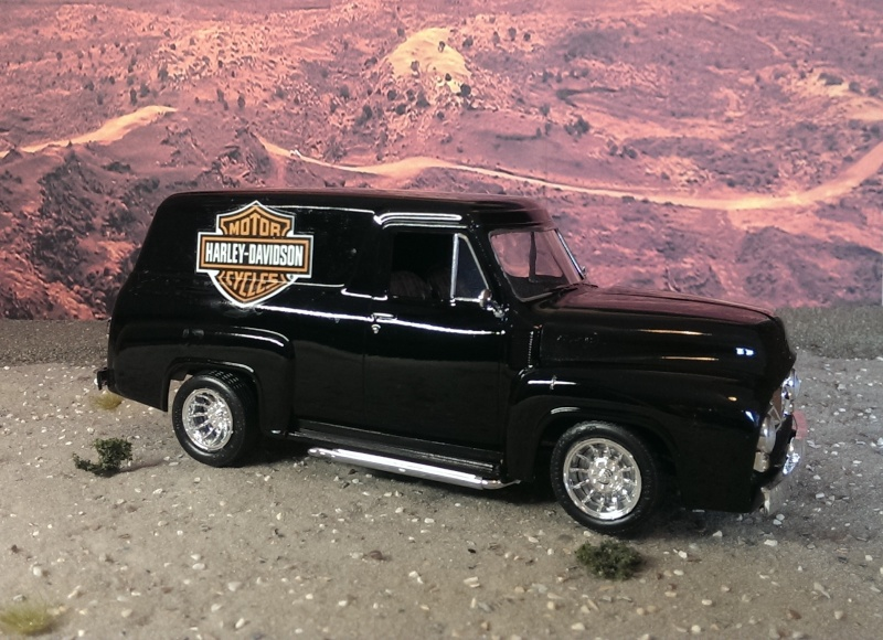 '55 Ford F-100 Panel Truck von Revell in 1:25. Imag1511