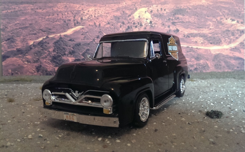 '55 Ford F-100 Panel Truck von Revell in 1:25. Imag1515