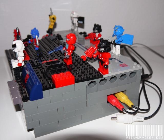 Consoles fonctionnelles en LEGO (et pièces compatibles) P1010811