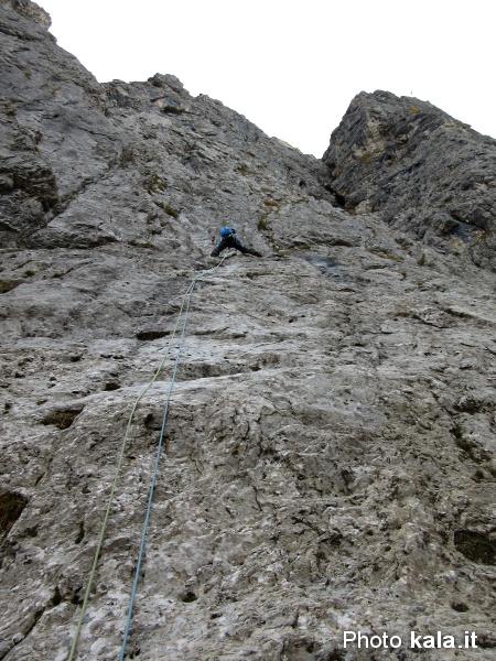 L'alpinismo è veramente in discesa... Corvo_12