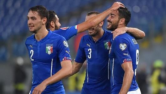 La testa nel pallone - Pagina 38 Italia15