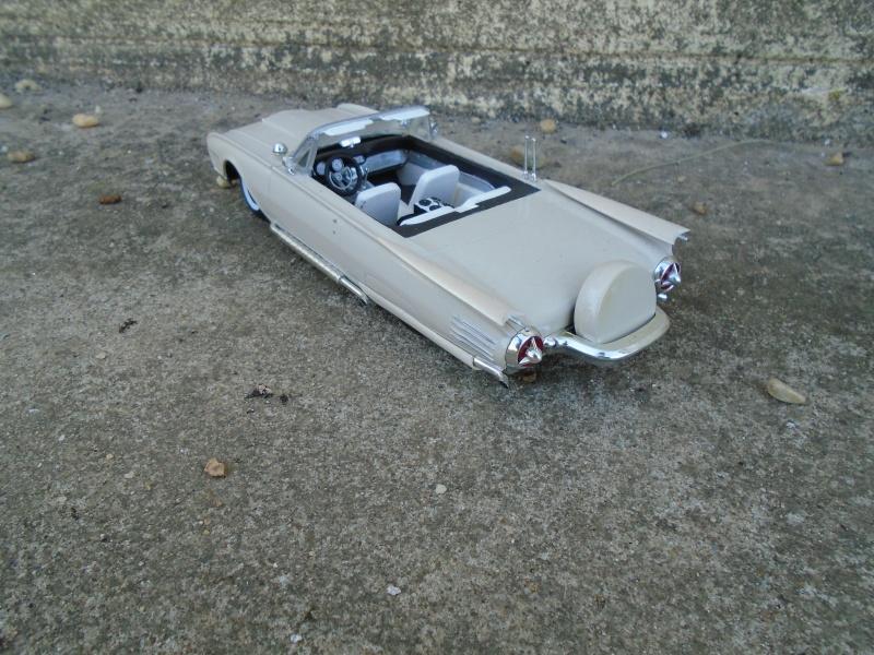 1961 Ford Thunderbird ' 61- Customizing Kit - 1/25 scale - AMT Dsc00111