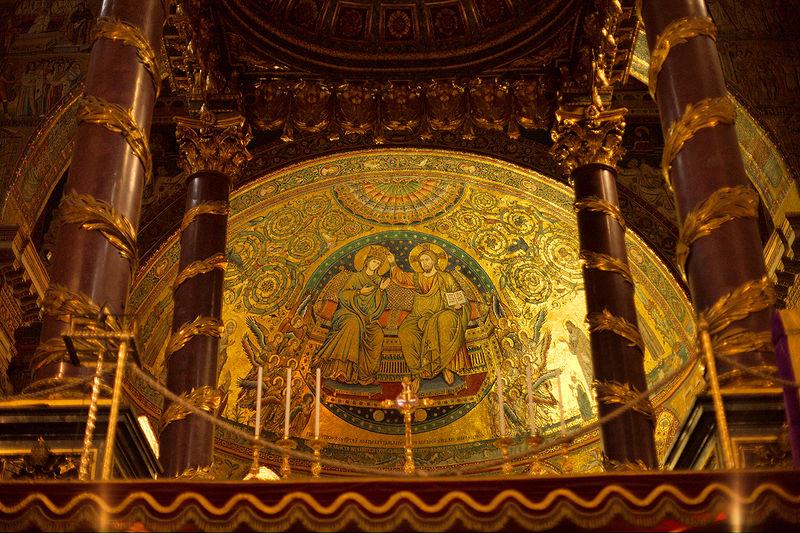 Panorama de la Vie de Marie de Nazareth - Page 4 Couron10