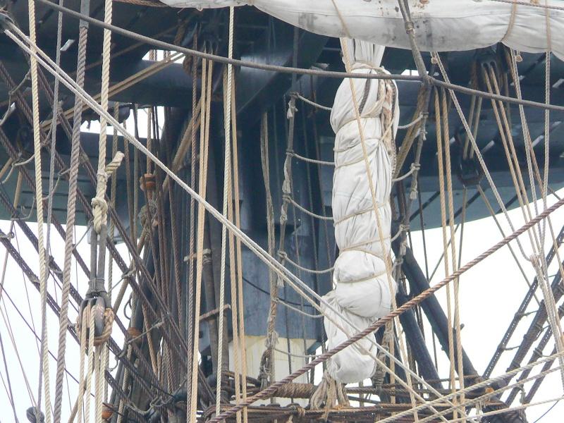 L'HERMIONE en escale à Brest du 12 au 17 Aout 2015 - Page 3 L_her109