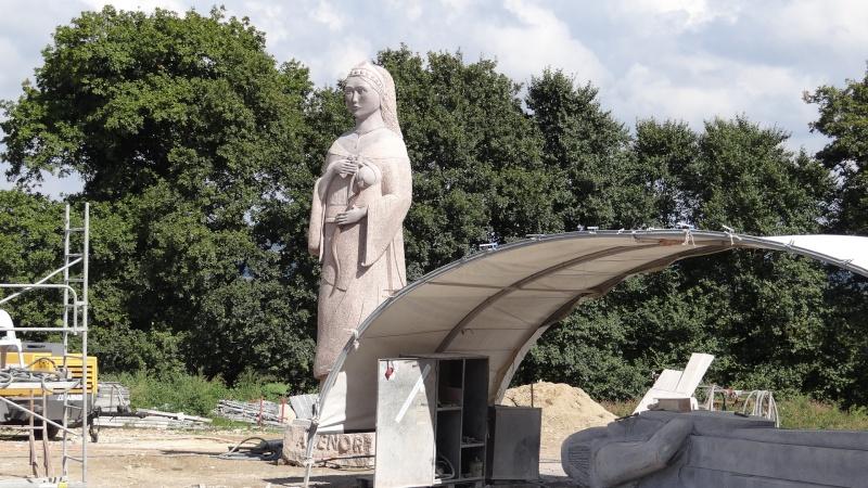 sculpture a la tronconneuse championnat de france 2014 Dsc04916