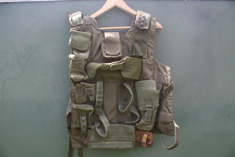 2 rare idf  vest Vests_11