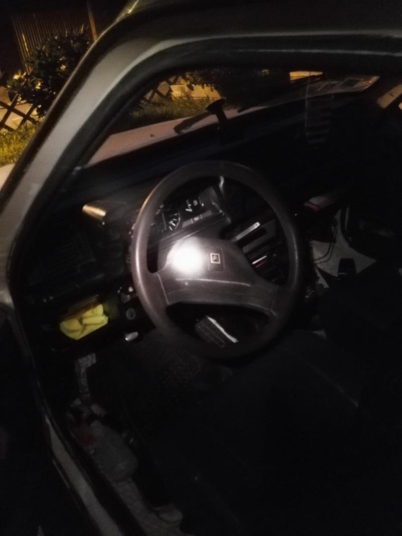 C15 essence rallongé 5 places à moteur 652cc de Visa Img_2048