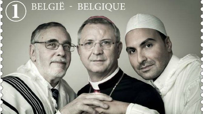 Bergoglio reçoit le congrès juif mondial - Page 6 Fzuhmo10