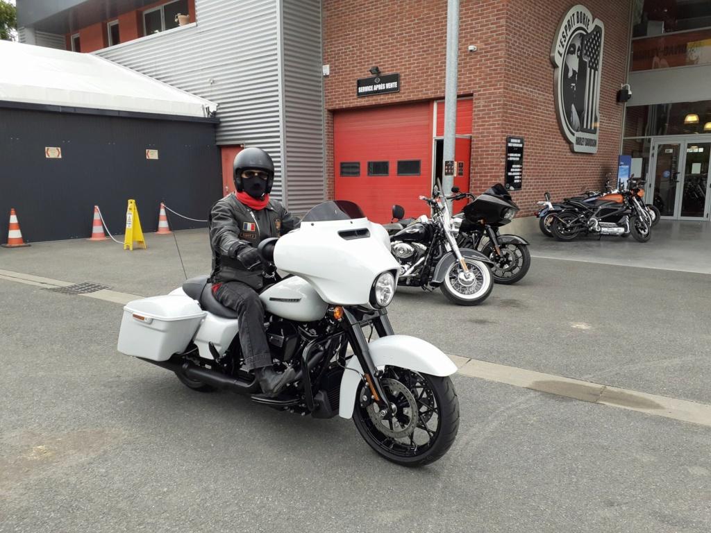 combien de STREET GLIDE  sur le forum Passion-Harley - Page 15 10326910