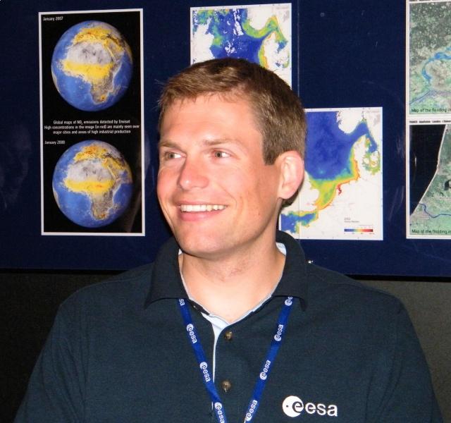 Mogensen - Mission spatiale pour Andreas Mogensen en 2015 - Soyouz TMA-18M IrISS (annulation Sarah Brightman) Dscf3610