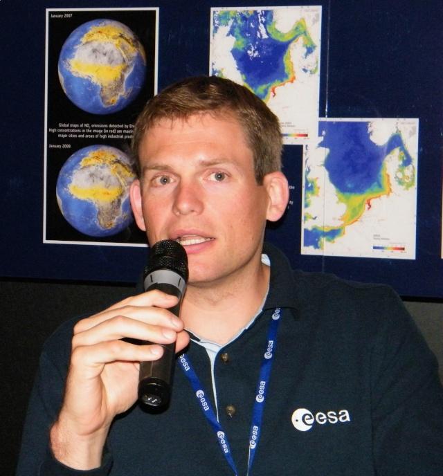 Mogensen - Mission spatiale pour Andreas Mogensen en 2015 - Soyouz TMA-18M IrISS (annulation Sarah Brightman) Dscf3611